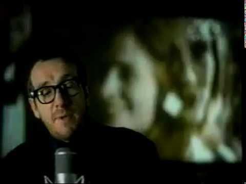 "Текст песни ""She"", исполнитель Elvis Costello"