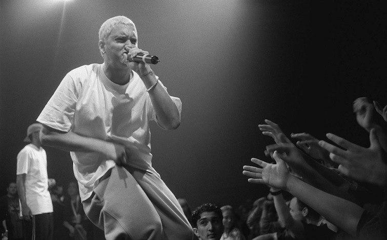 """Текст песни """"Soldier"""", исполнитель Eminem"""