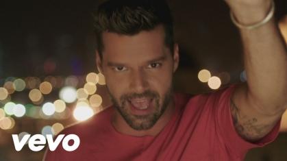 """Casi un bolero"", исполнитель Ricky Martin"